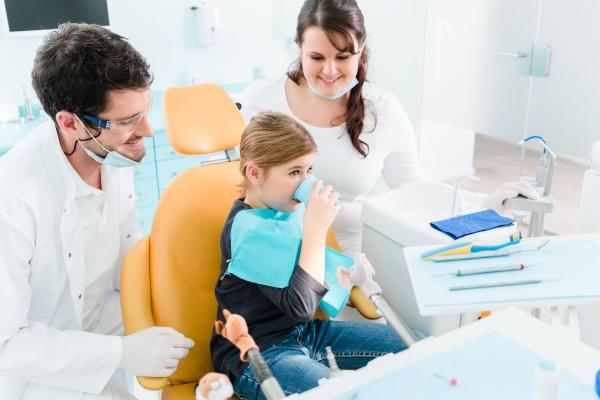 ¿Por qué es importante contar con un buen dentista familiar?